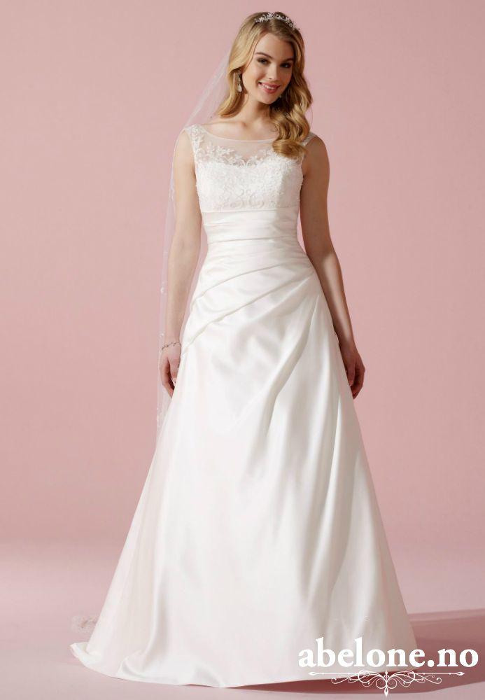 88617408 Klassisk Sateng brudekjole med båthals 08-3613 Lilly Str 34-46  Bestillingsvare Utrolig nydelig