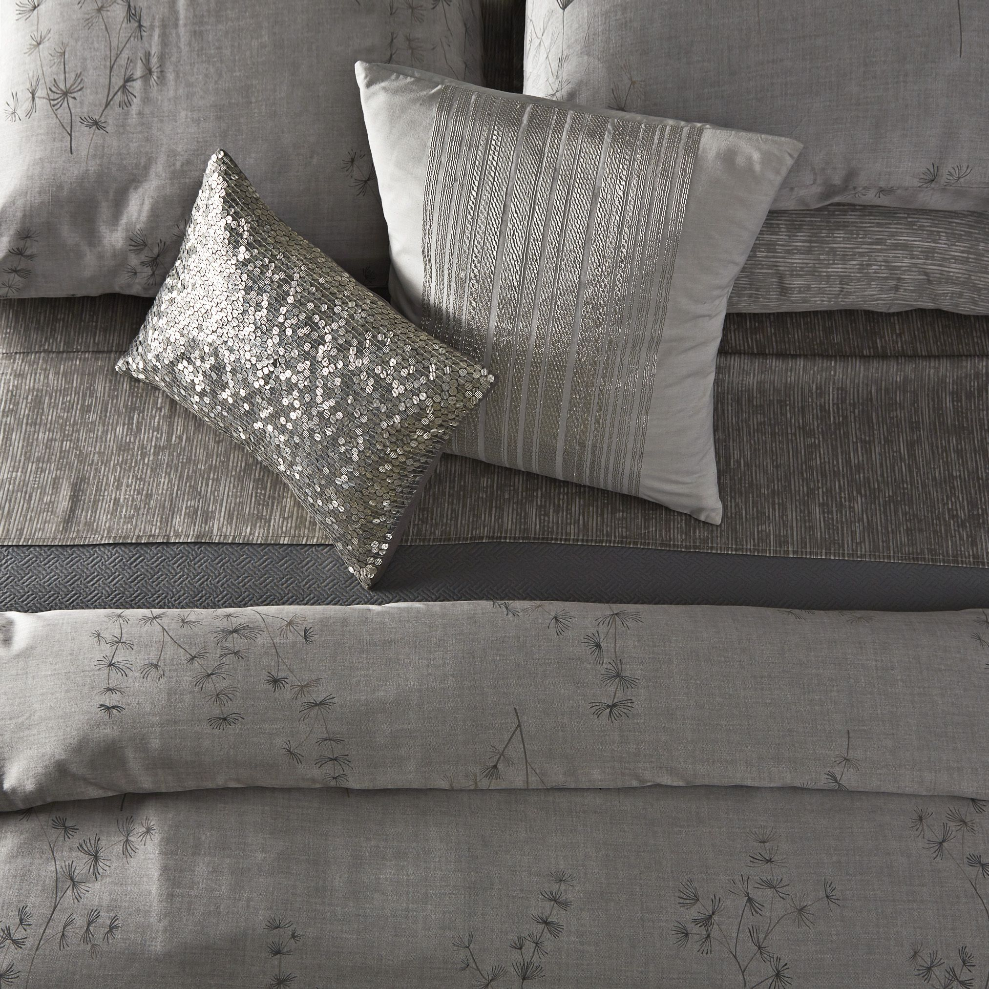 The Acacia Bedding From The Calvin Klein Home 20Th Anniversary