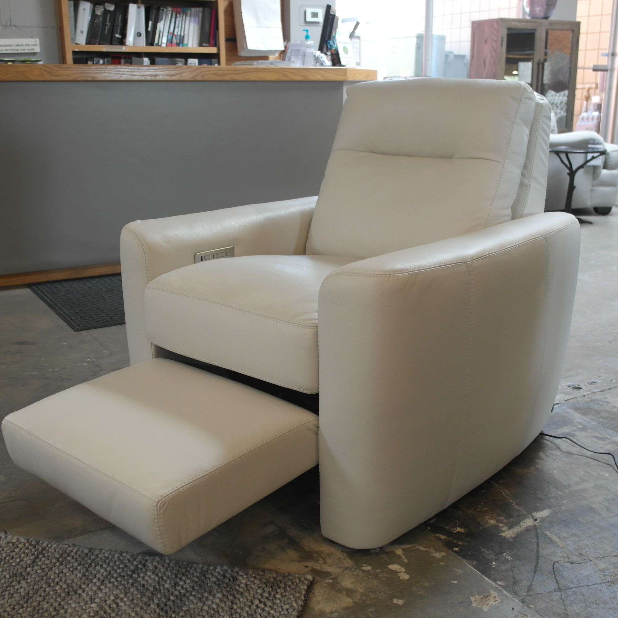 Cool Chelsea Recliner By Design Now Leather Recliner Pdpeps Interior Chair Design Pdpepsorg