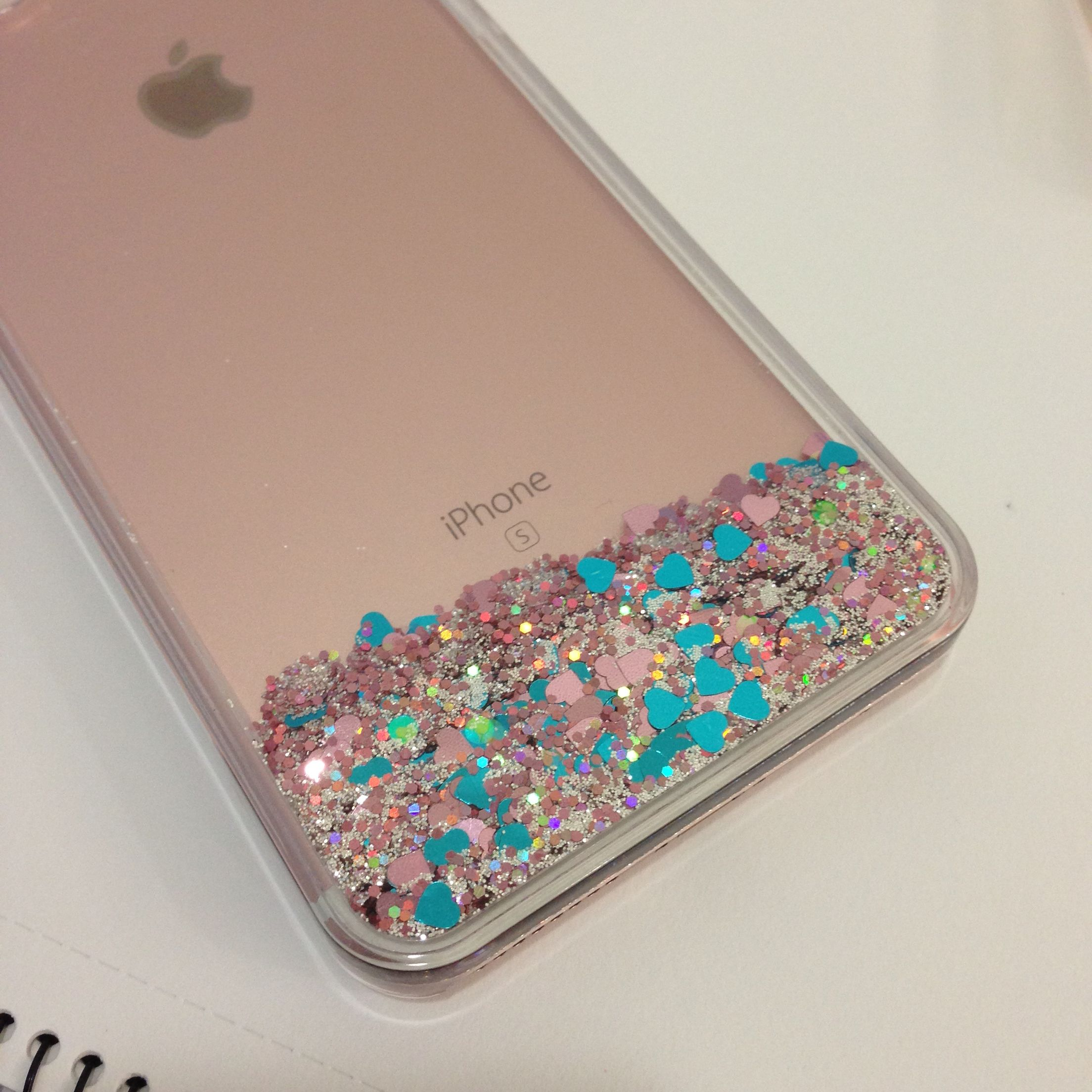 My perfect iPhone 6S Plus Rose Gold casing. Floating glitter particles that  you can obsess over all.day.long. c4ec25790e94