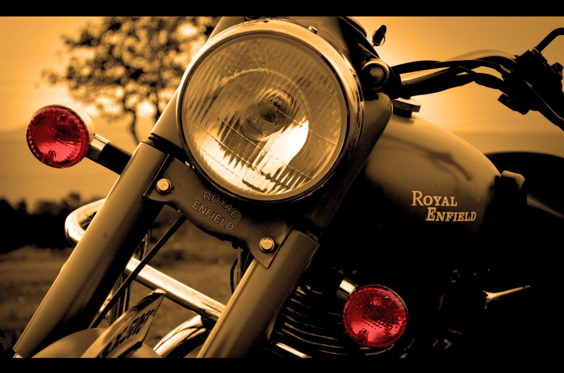 Download Royal Enfield Hd Desktop Wallpaper Royal Enfield Wallpaper Hd For Desktop Or Mobi In 2020 Royal Enfield Wallpapers Royal Enfield Hd Wallpapers Royal Enfield