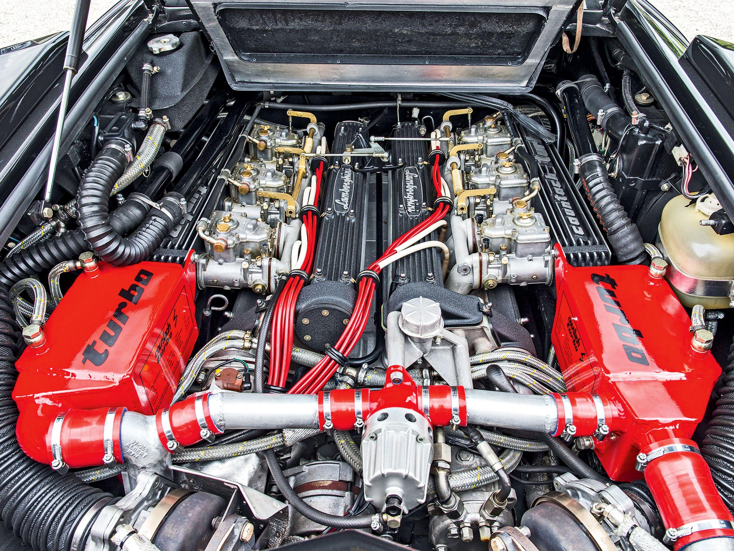 Under the hood Lamborghini Countach LP500 Turbo S Prototipo