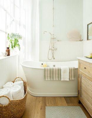 blanche, bois, zen, petite salle de bain Idées salle de bain
