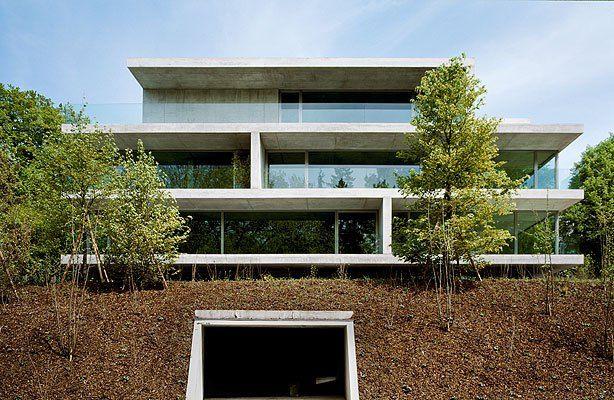 Christian kerez apartment building on forsterstrasse for Modernes haus zurich