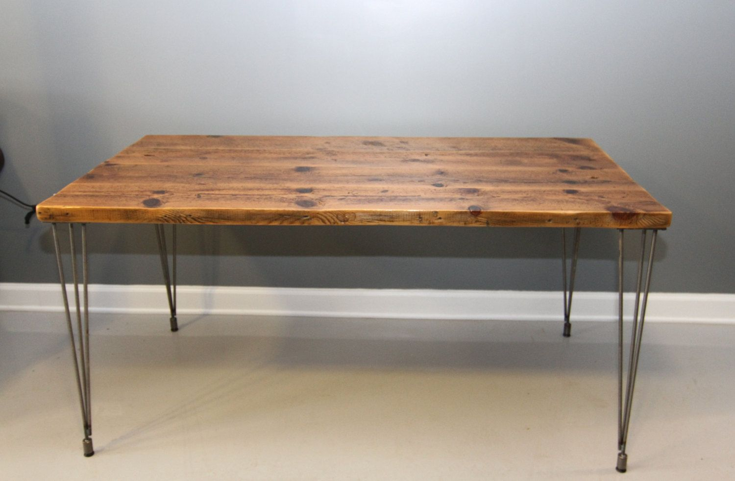 Print Of Wood Desk Tops That Present Rustic And Traditional Furniture Styles In Less Effort Way