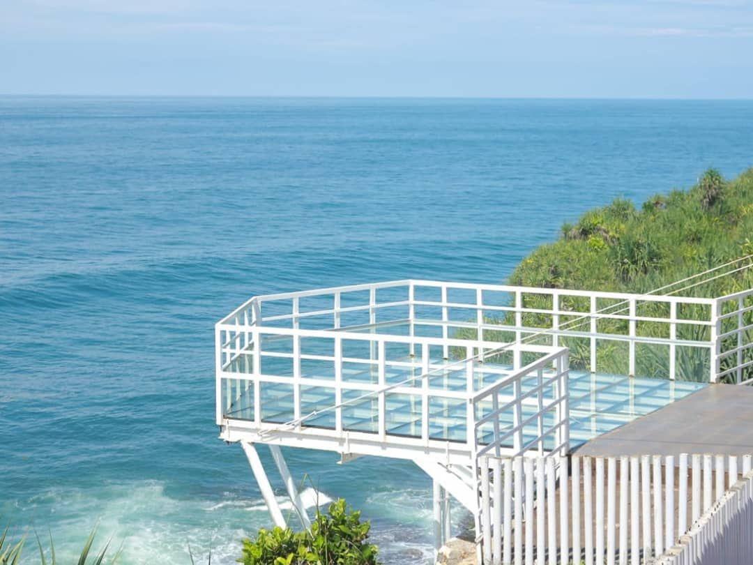 17 Wisata Pantai Di Jogja Terbaru Jogja Check More At Https Wisataalamjawa Com 17 Wisata Pantai Di Jogja Terbaru Di 2020 Pantai Borobudur Yogyakarta