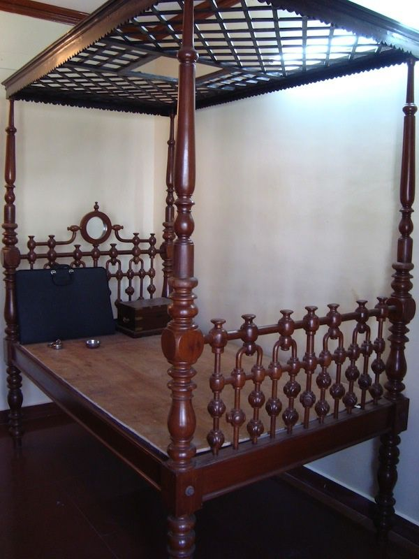Traditional Cot Home Furniture Bed Design