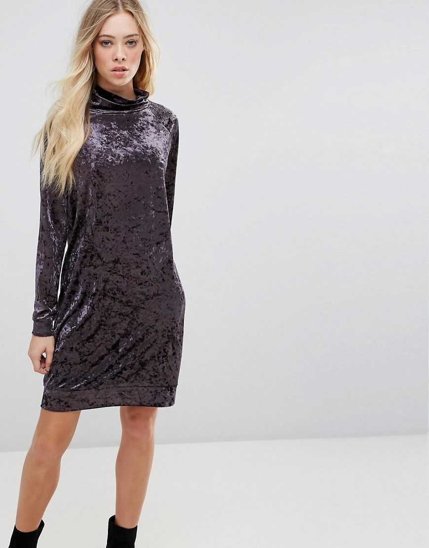 b.Young Velvet High Neck Dress Red | Products | Dresses
