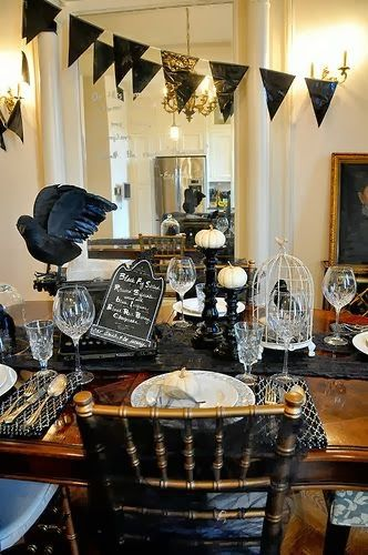 20+ Halloween Decorations That Cast A Stylish Spell Hallelujah - halloween decorations com