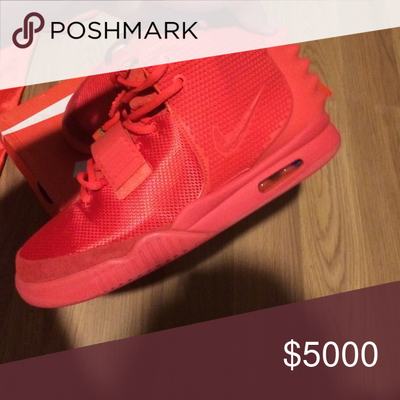 Nike air yeezy 2 red October sz 10 100% authentic and brand new **