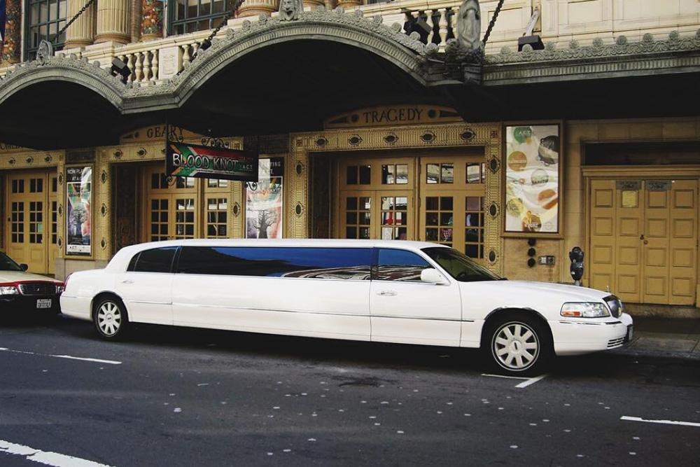 Status Luxury Vehicles Luxury Car Hire Luxury Cars Limousine