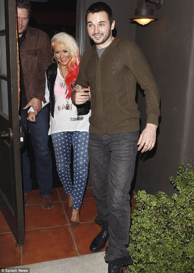 Christina Aguilera Shares Picture Of Engagement Ring