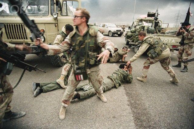 Liberation of Kuwait During Persian Gulf War | gulf war ...