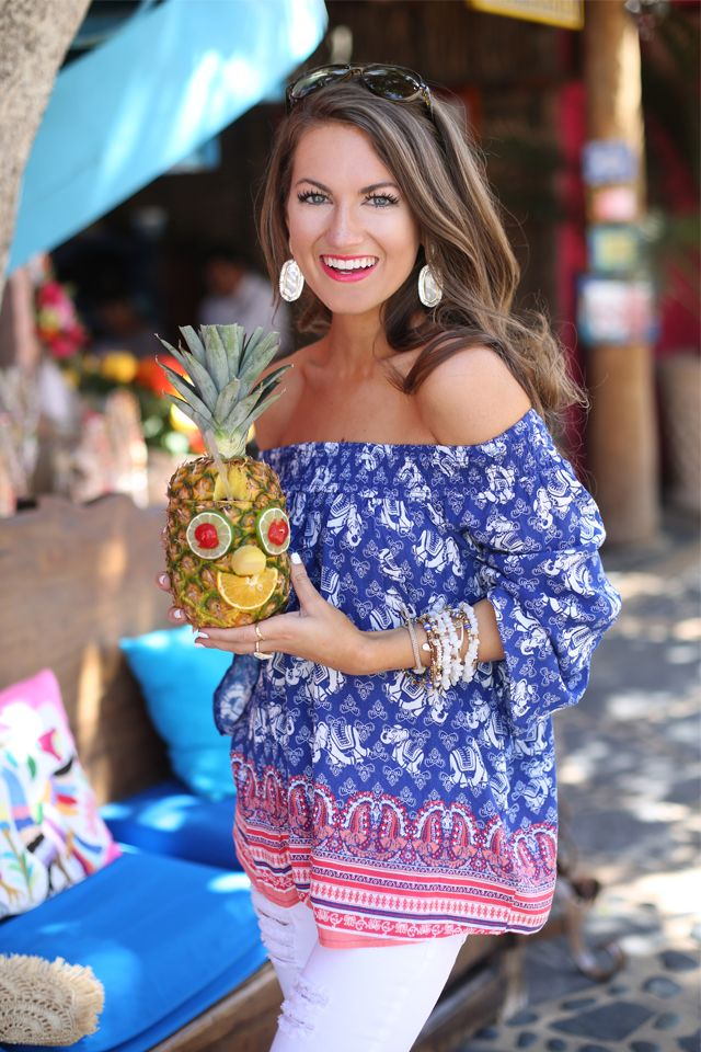 Southern Curls & Pearls: Pineapple Crazy…