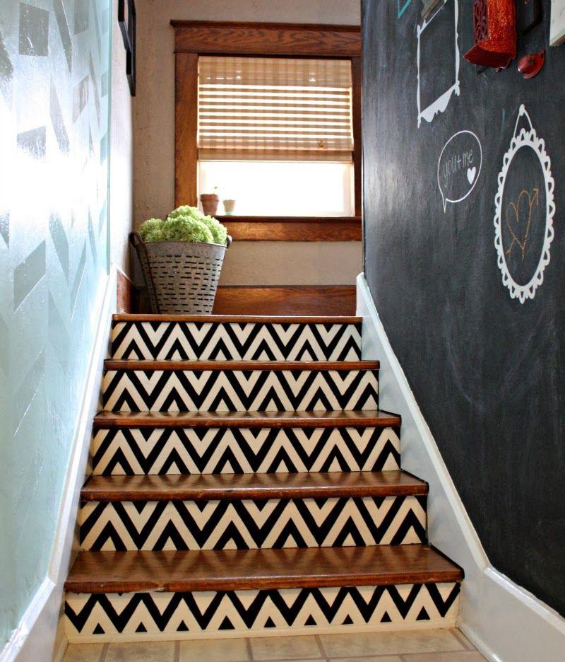 4 Diy Decorating Ideas For A Staircase: Fun! Especially For A Short Staircase