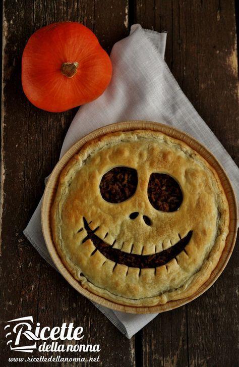Torta salata di Halloween | Recipe | Savory muffins, Cucina and Quiche