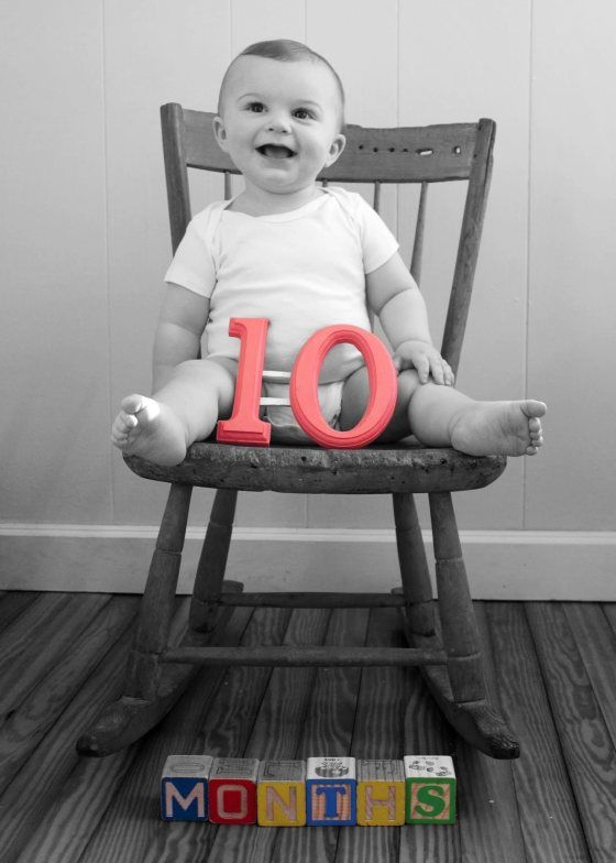 10 Months Old And Sprouting Up For Summer Ice Cream Off Paper Plates Baby Boy Photos Monthly Baby Pictures Baby Photos