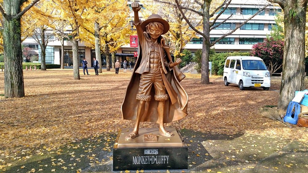 Statut de Luffy ce trouvant au Japon, elle est a taille