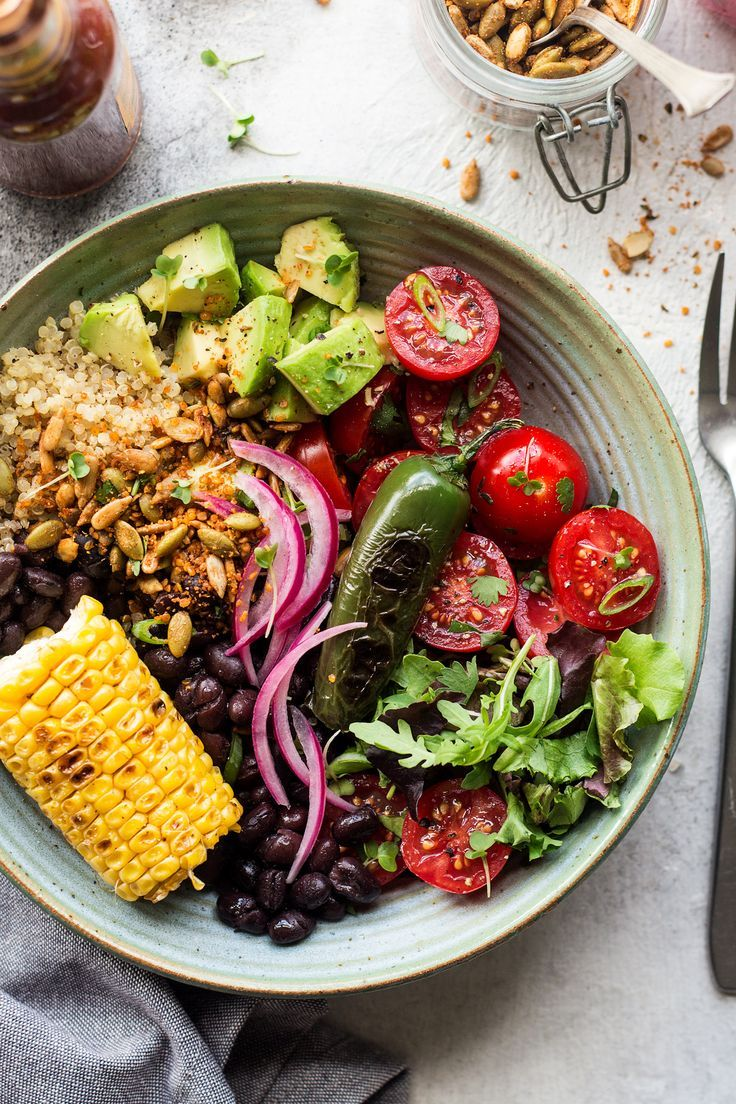 Photo of Mexican lunch bowl with spicy crumb – Lazy Cat Kitchen