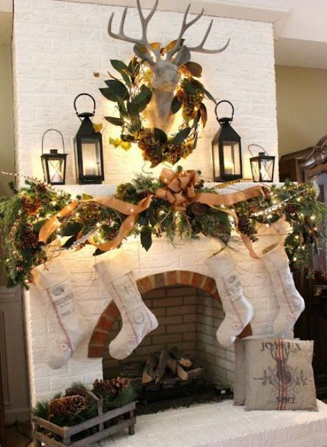 30 Adorable Indoor Rustic Christmas Décor Ideas DigsDigs