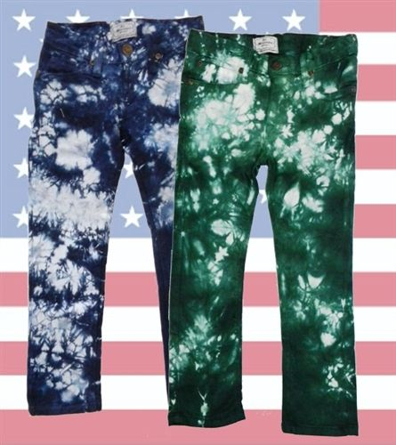 La Miniatura's tie dye stretch denim jeans are as unique as the boy wearing them.  Available in sizes 2 to 14 in 2 colors kale & ocean. Buy a pair today!