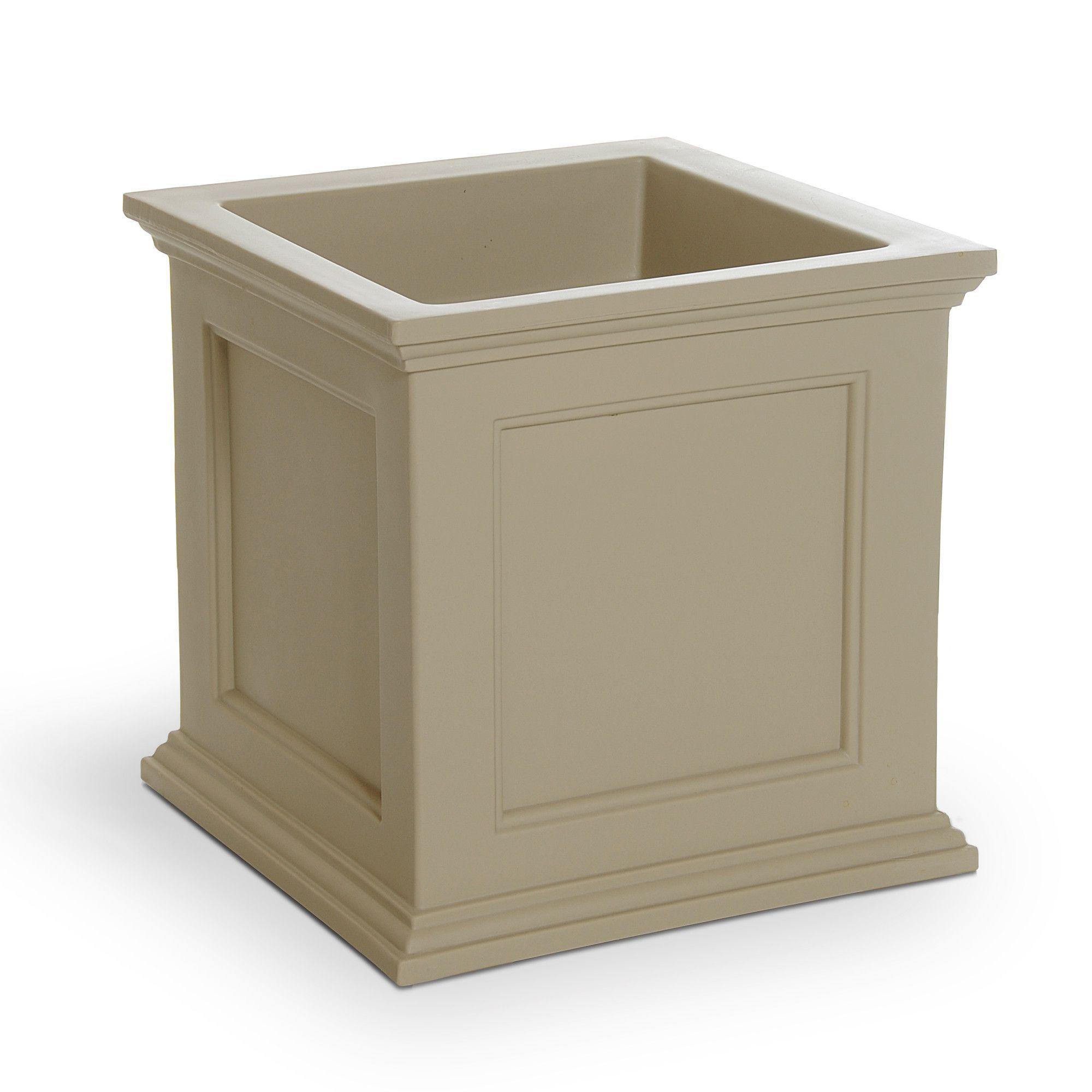 Fairfield Square Planter Box