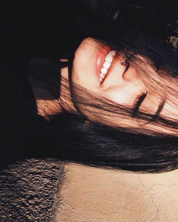 Картинки для девушек без лица с черными волосами
