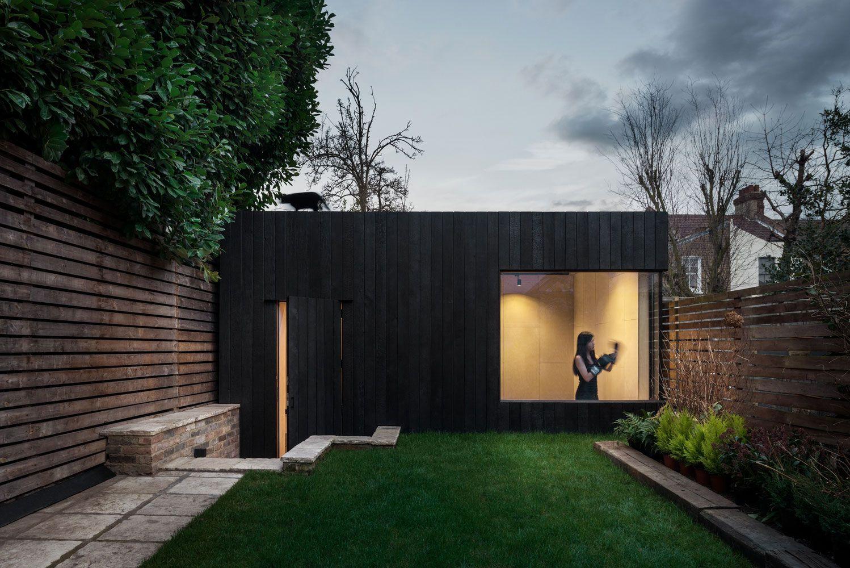 Kleines haus außendesign turnhalle erweiterung zu einem haus in london england  haus