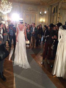 Le modèle Tournelles lors de la présentation couture du salon Les Coulisses Du Mariage le 4 novembre 2016.