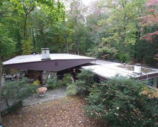 Frank Weise Design In Elkins Park Pa Mls 7073400 Marion Dinofa Realtor Elkins Park Outdoor Decor Outdoor Structures