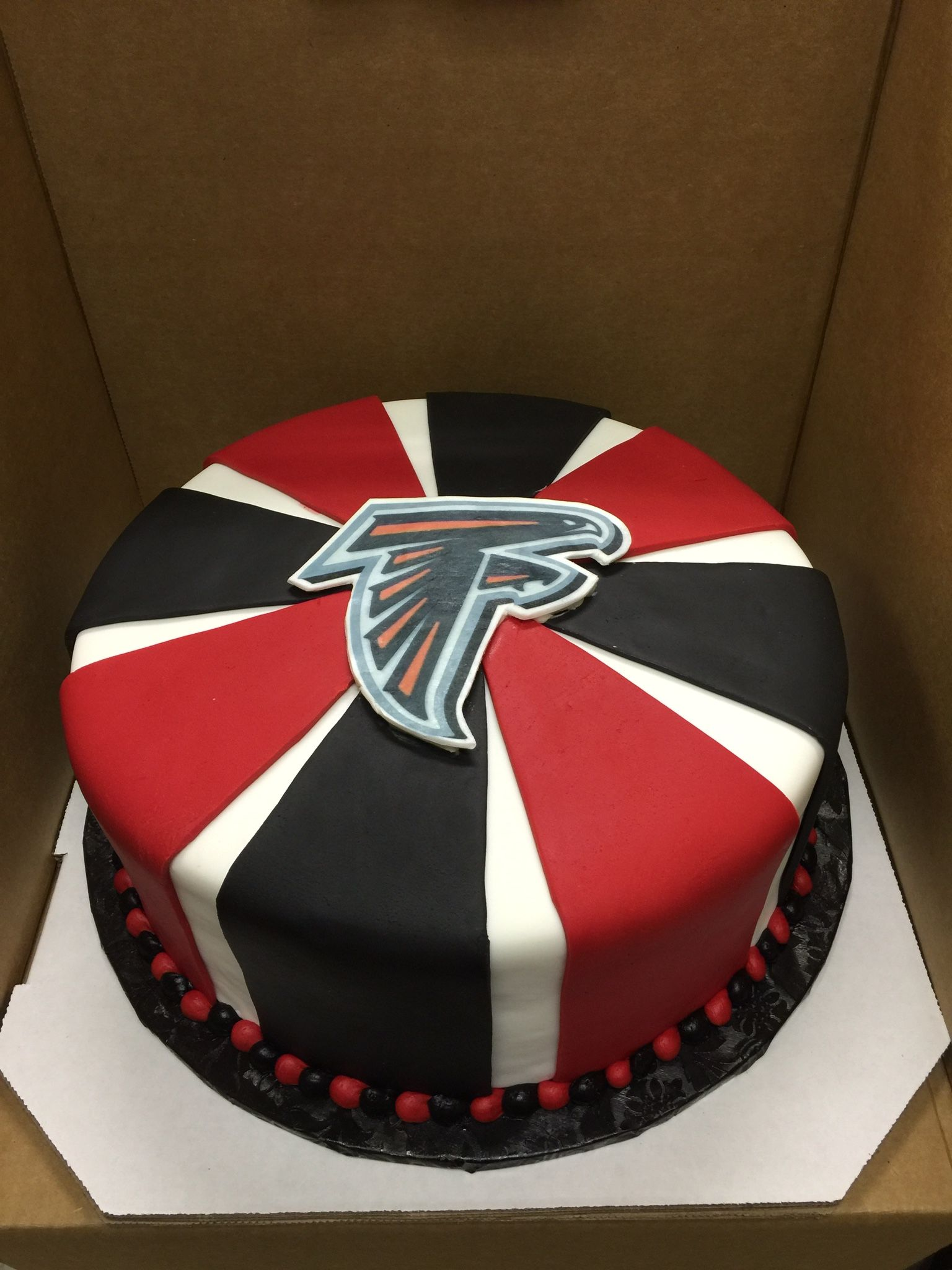 Atlanta Falcons Fondant Cake Creative Cakes In 2018 Pinterest