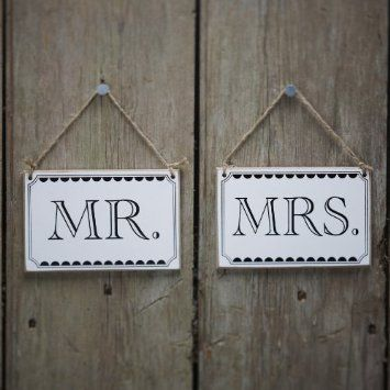 Ginger Ray Mr Mrs Wooden Vintage Signs With Twine Great For Chair