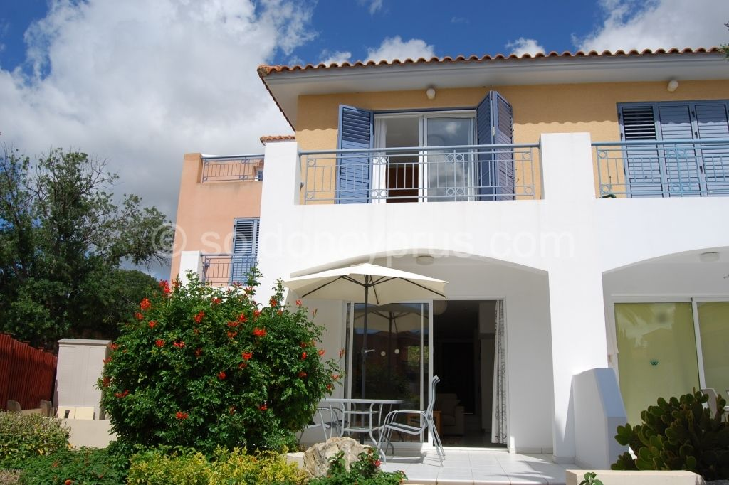 Under Offer Within Five Days Ref 3044 2 Bedroom Townhouse For Sale In Anarita Soldoncyprus Property Property For Sale