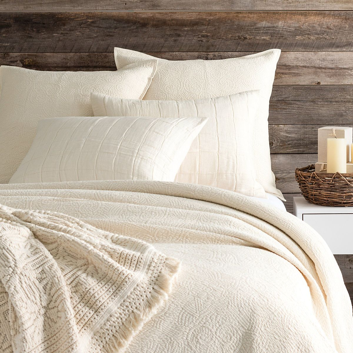 Elizabeth Ivory Matelasse Coverlet The Outlet Ivory Bedding