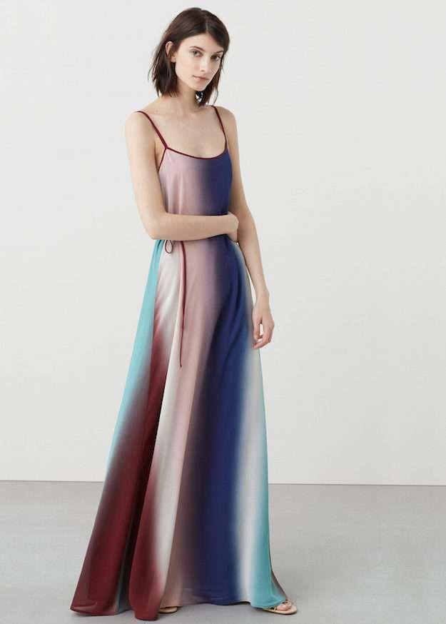 8c3293416 Maxi #Vestido multicolor con #Tirantes finos, cuello redondo y #falda con  vuelo…