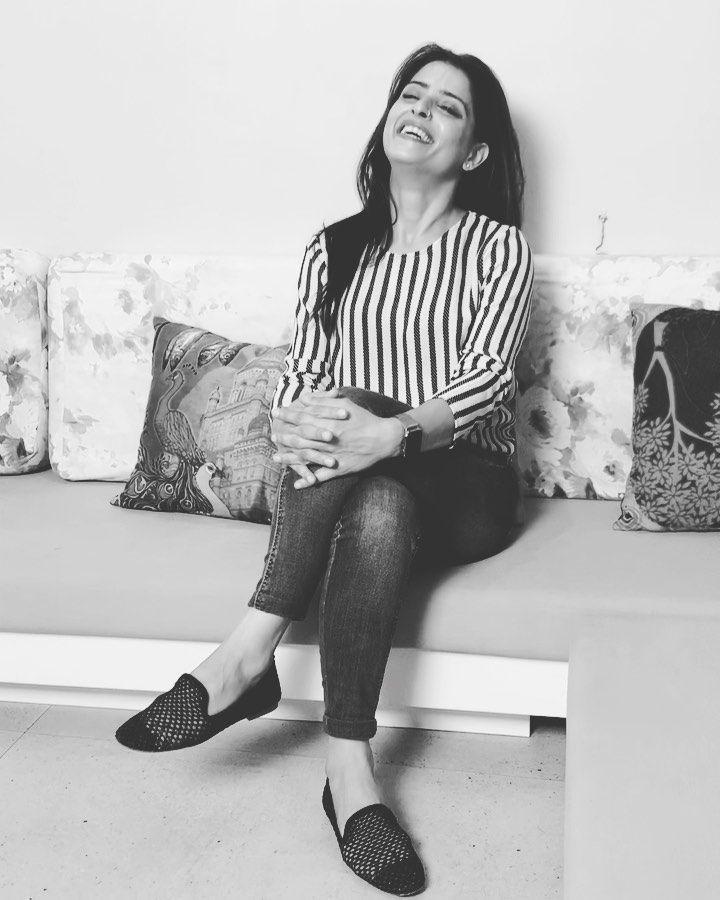 #rapidfire continues! 😅  Thanks for the interview @mayapurimagazine and  @iamshivank ☺️ • • • #sunai...