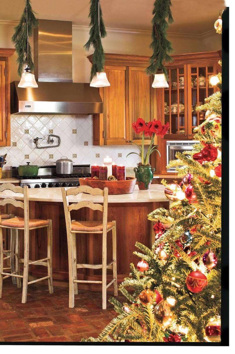 christmas kitchens warm and cozy contemporarytuscanhomedecor christmas kitchen farmhouse on farmhouse kitchen xmas id=11334