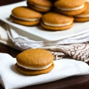 Pumpkin Whoopie Pies full recipe at http://recipehub.net/pumpkin-whoopie-pies-4/