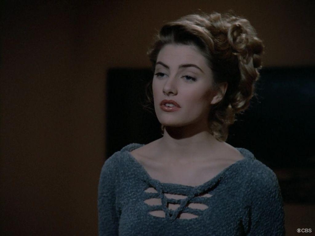 "Star Trek Next Generation 2 X 10 ""The Dauphin"" Madchen Amick as Anya"
