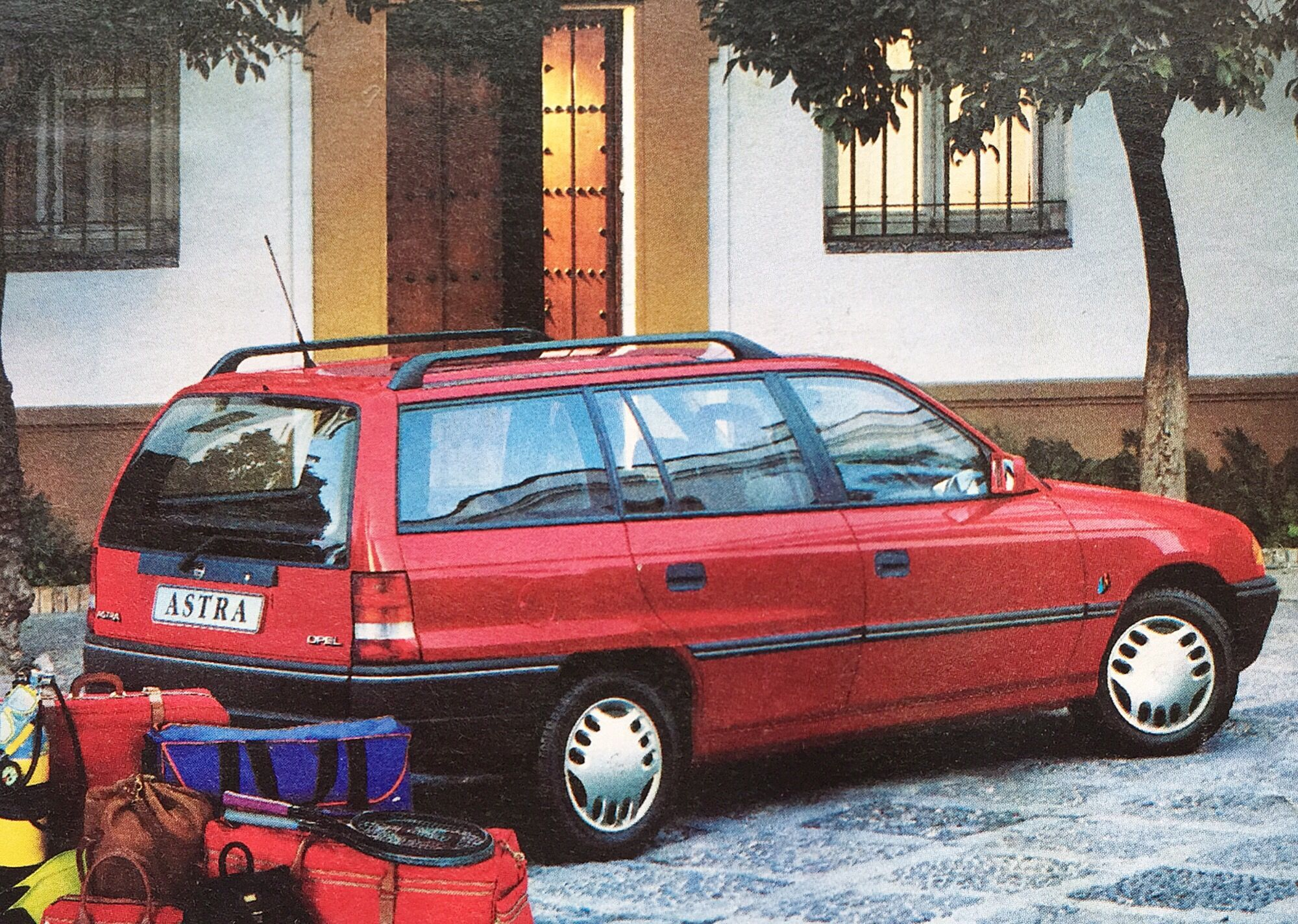 Opel Astra Caravan 1 4 Si Young