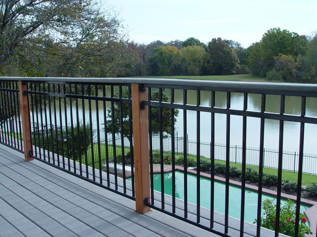 Fortress Fe26 Traditional Iron Railing Panel With 3 Rail