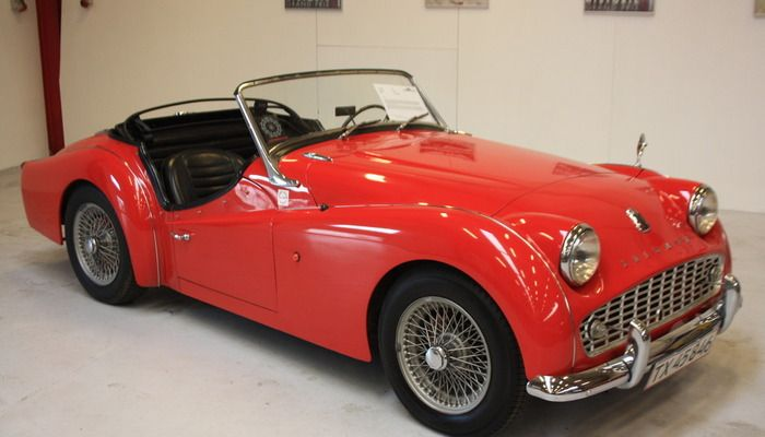 *SOLD* 1958 Triumph TR3 2.0L Absolute gorgeous TR3. Just arrived in our showroom, here is you chance to owe a very desirable classic British sports car. Only 79,406 miles. The car just passed inspection by the Danish authorities and is certified for 8 years.  - K140