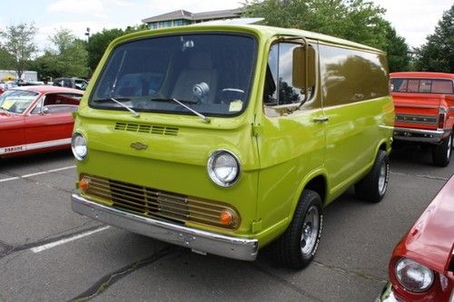 Here Is A First Generation Chevrolet G Van That Is Quite Tasteful Compared With The Other Two This Would Be Either A 1964 Or 1 Chevy Van Custom Vans Cool Vans