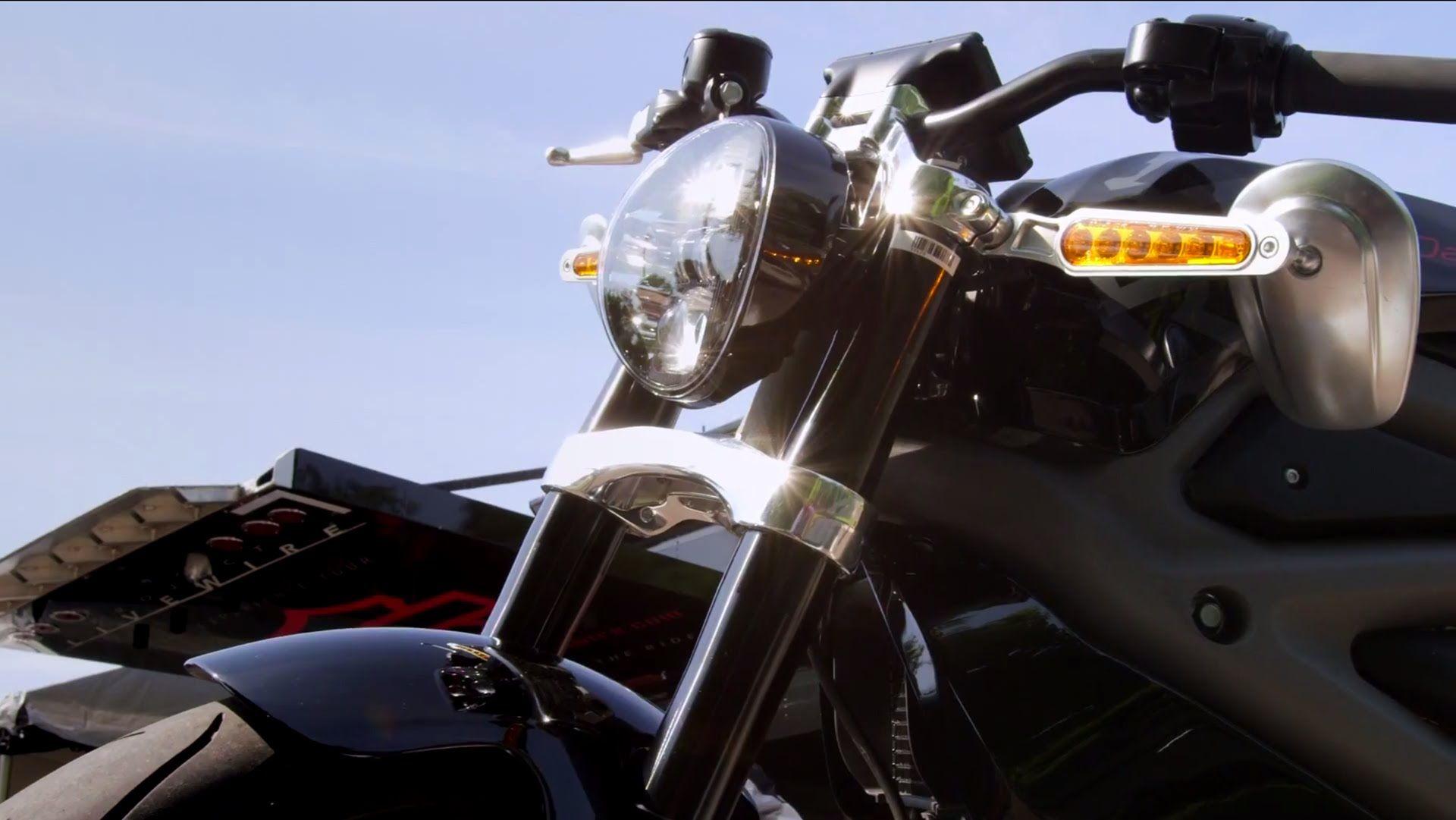 Harley Davidson LiveWire Review at Harley