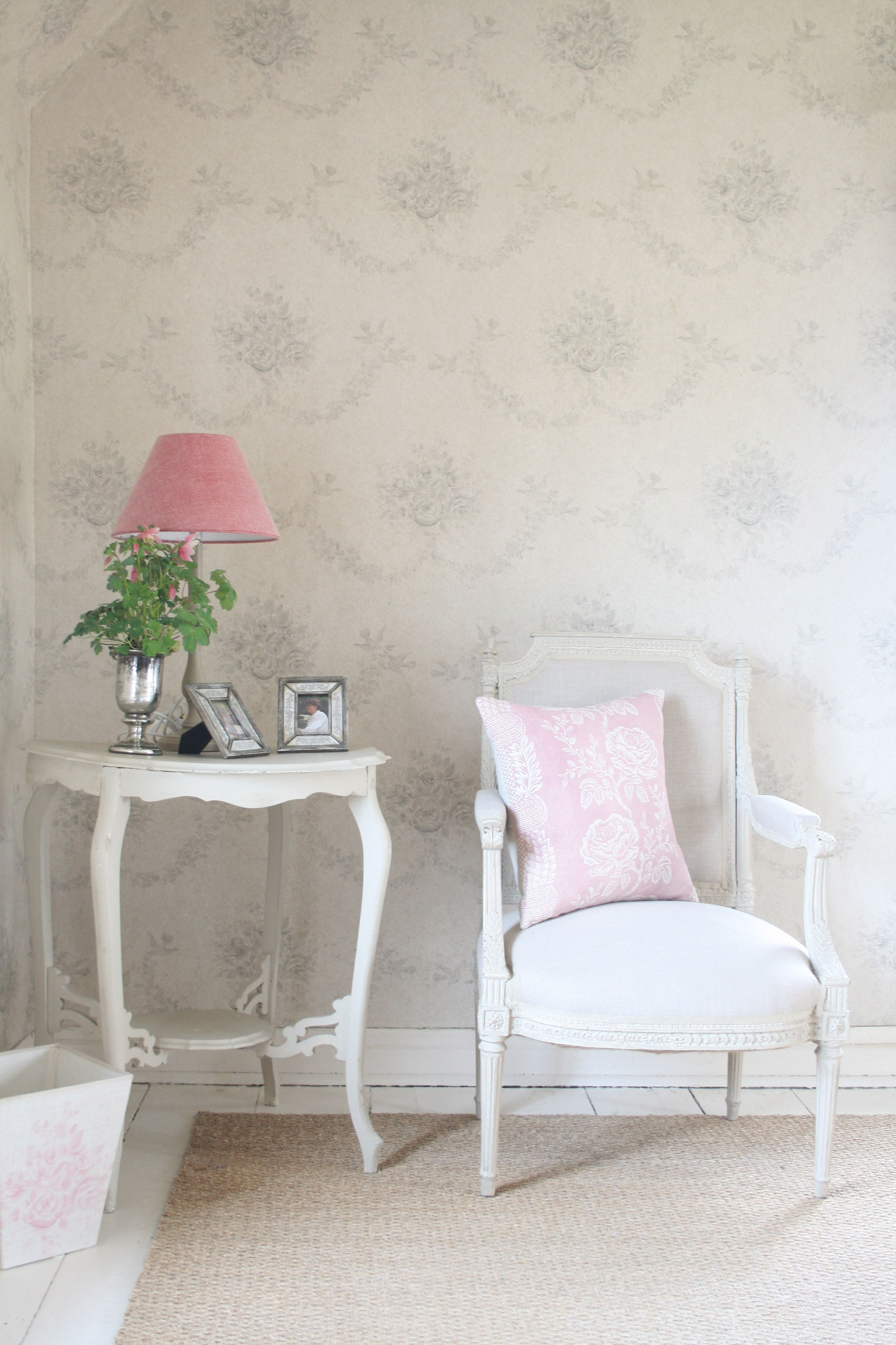 Grey Sophia Wallpaper #greaige | IMAGE IS SUPPLIED BY KATE FORMAN ...