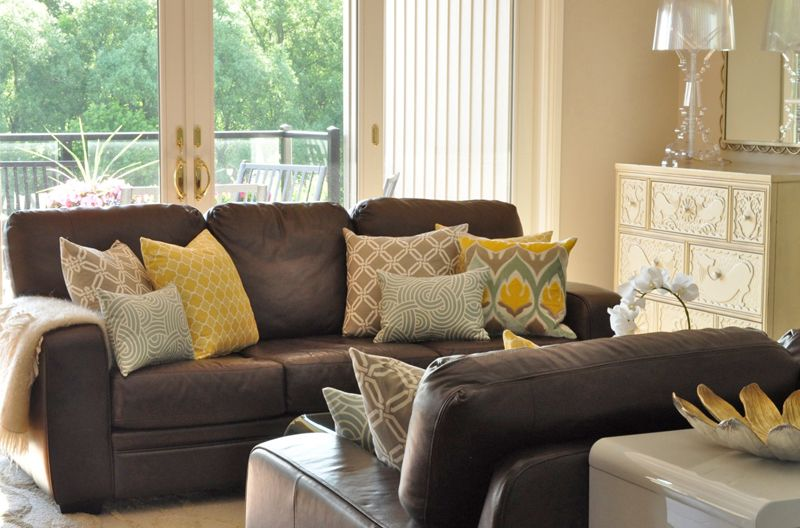 More Plump Feather Lovelies In Soothing Living Room Brown Living Room Decor Brown Living Room Brown Couch Living Room