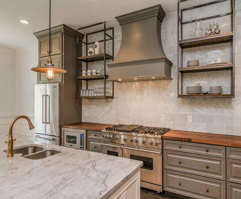 Best Open Shelves Where Cupboards Are Around Kitchen Windows 400 x 300