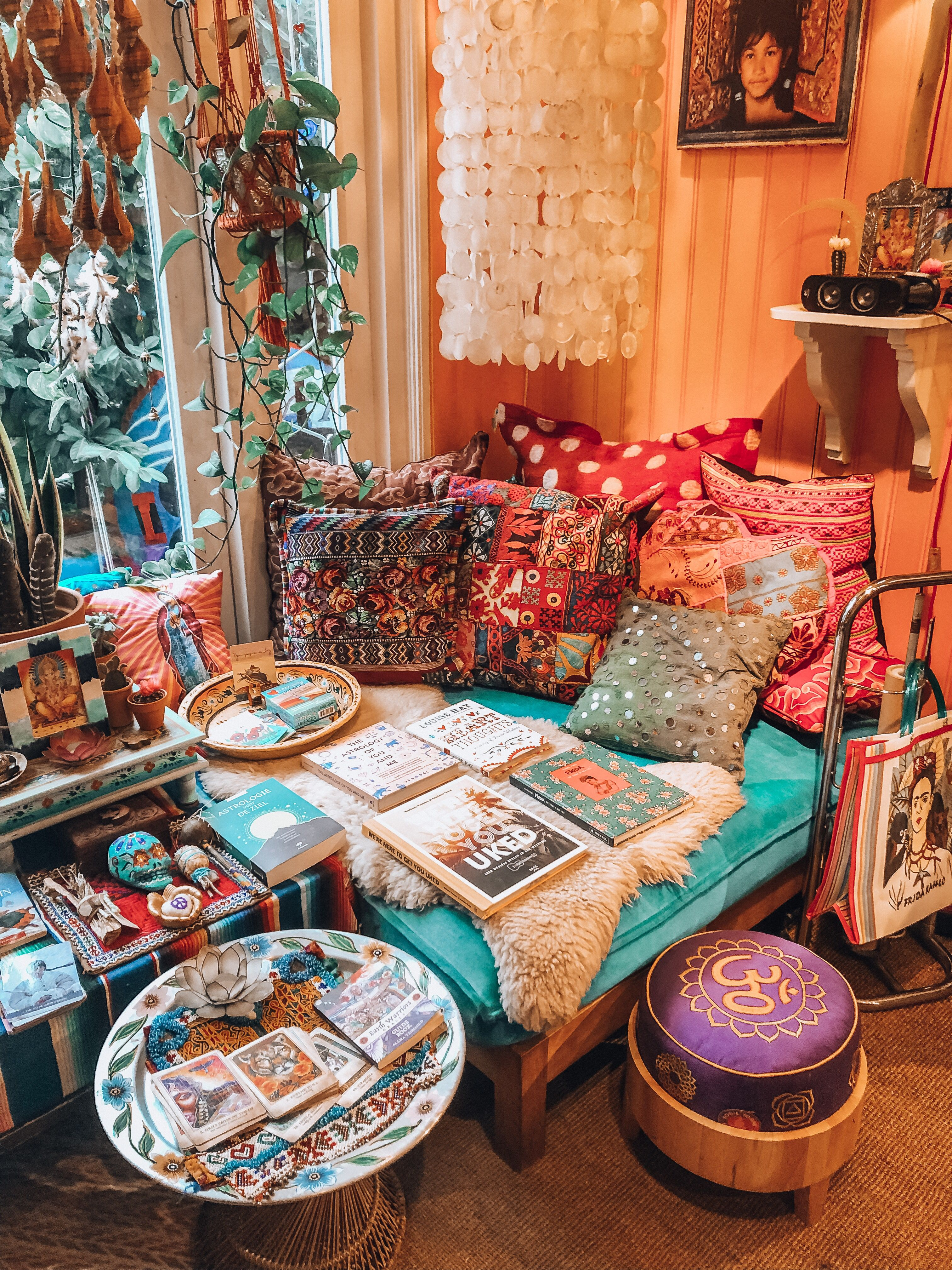 The happiest place in Amsterdam! Bohemian style home decor shop