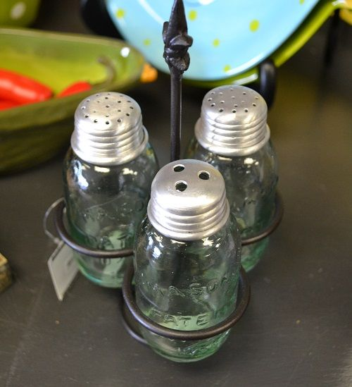 Mini mason jar dispensers for salt, pepper and red pepper flakes/parmesean with a holder at Mary Katherine's and Me. March SB Finds Louisville.