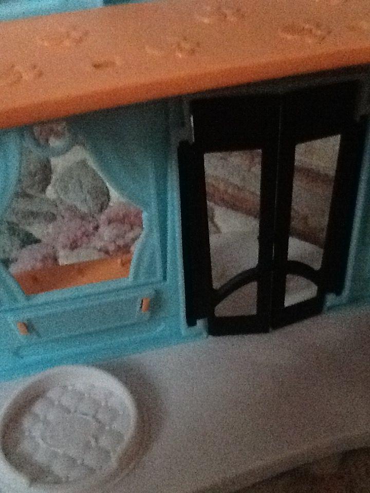 LPS- Ana kapı ve yatak